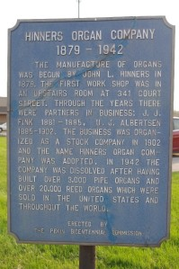 Marker near where the Hinners factory was located; the building no longer exists and the site is now part of a city park.